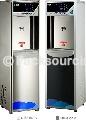 飲水機 > 智慧型語音滅菌飲水機